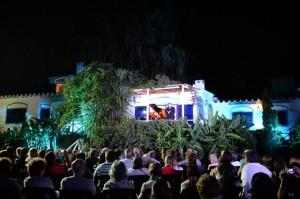 Festival Opera Tigre en Isla Kaiola Blue